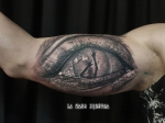 ojo horror logo